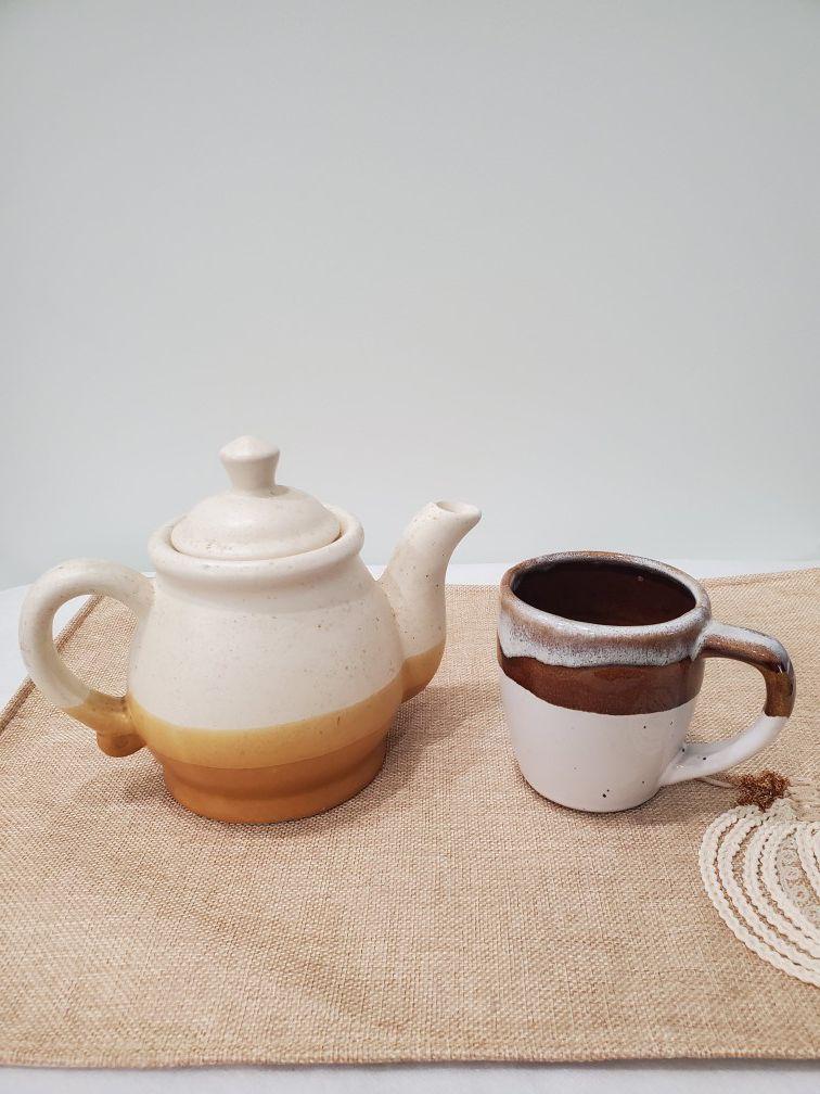 Stoneware pot and mug