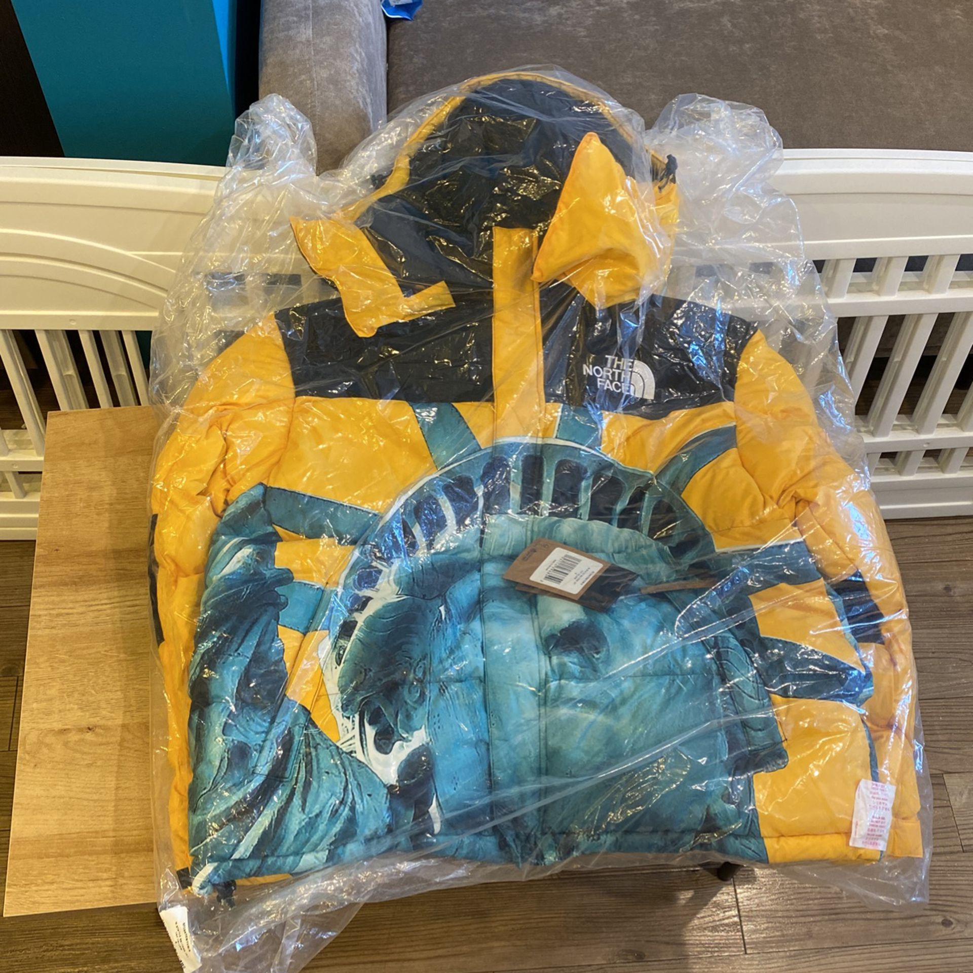 Supreme X North Face Baltoro Jacket Yellow - Size Small