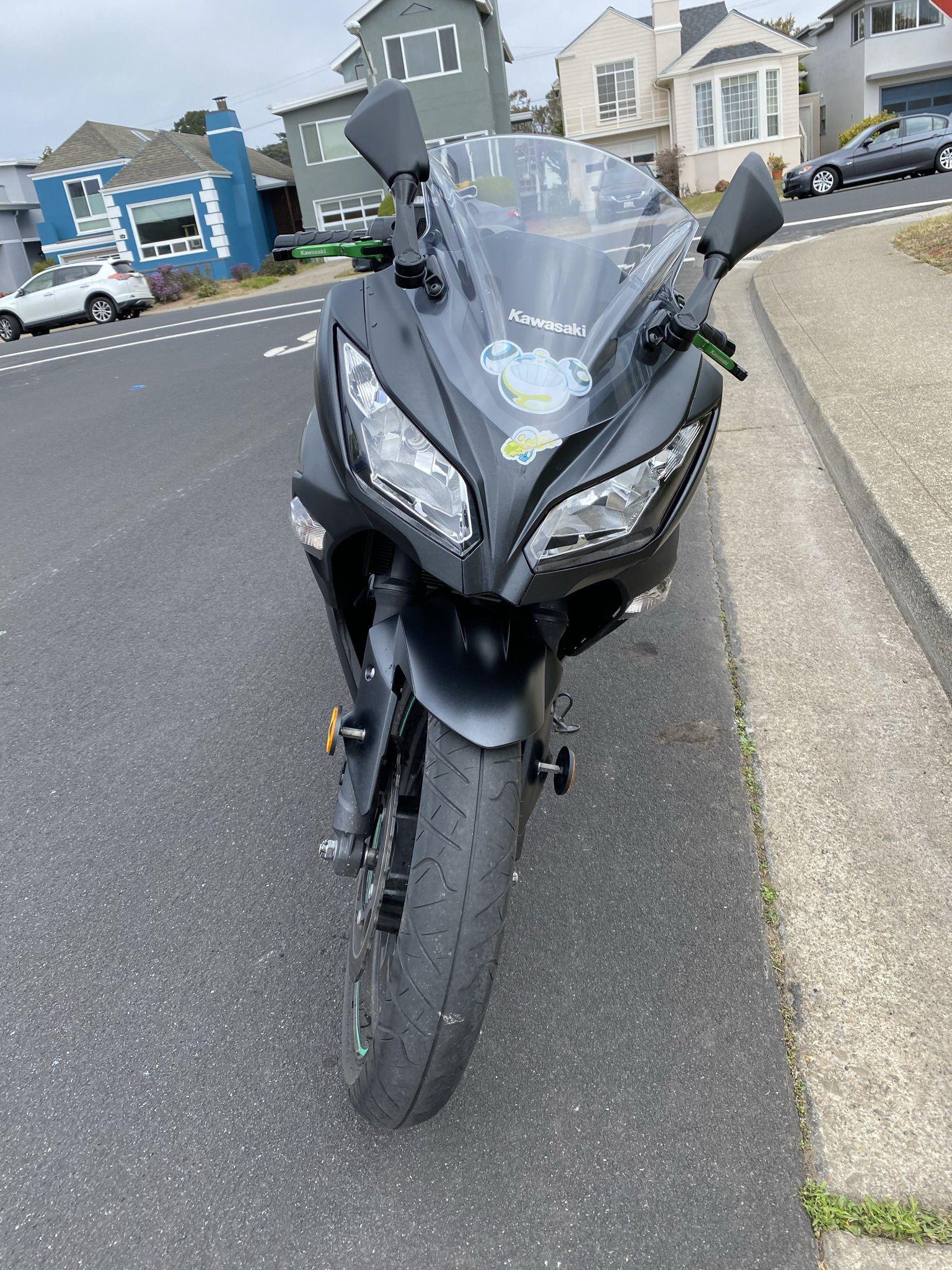 2016 Kawasaki ninja 300 street bike