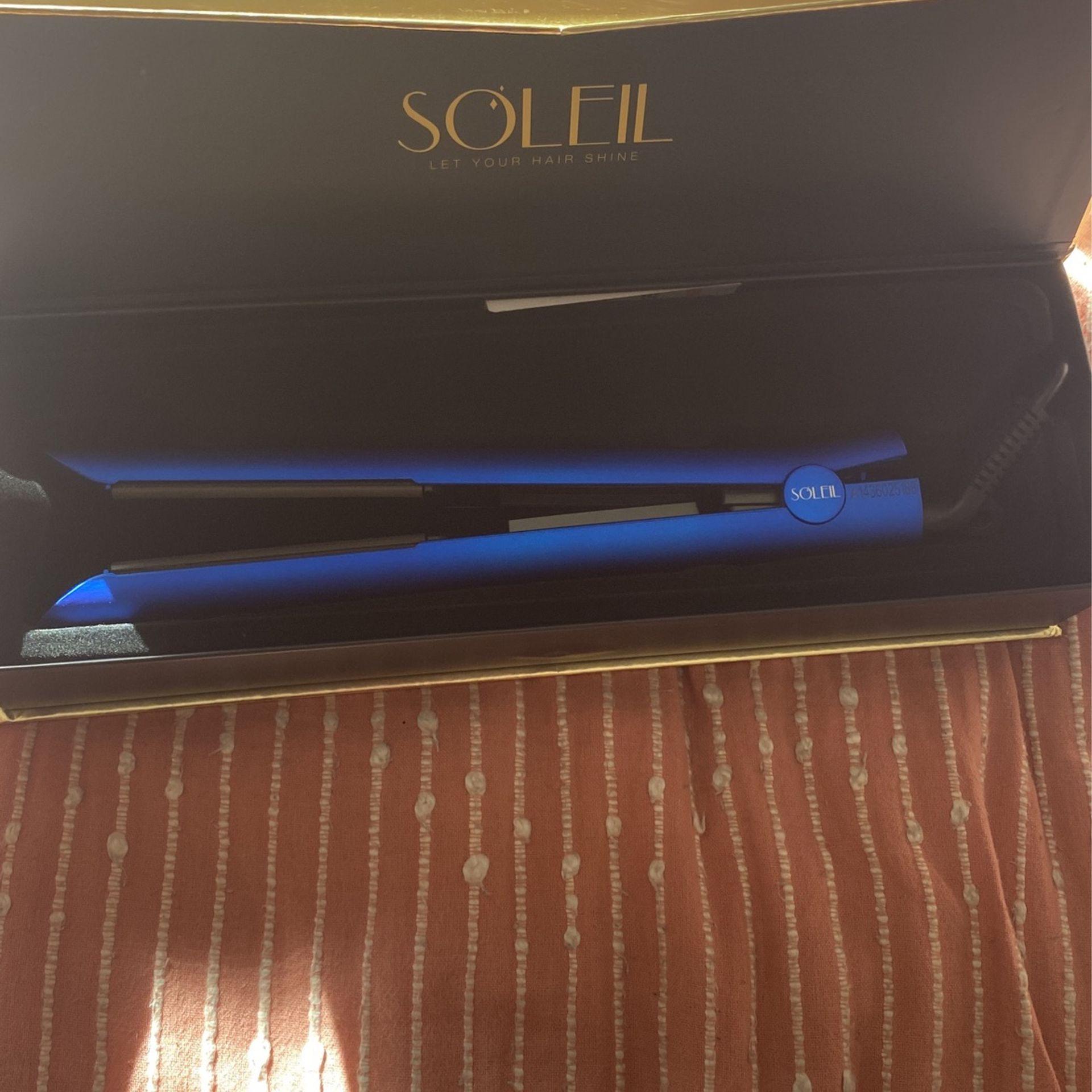 Soleil Flat Iron