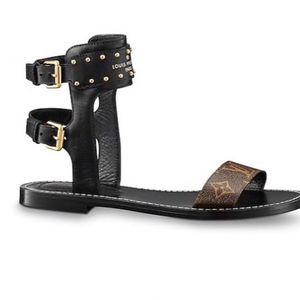 Authentic Louis Vuitton sandal size 10 for Sale in Baton Rouge, LA 3137784125e