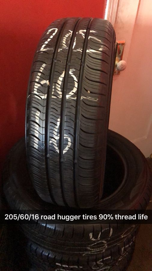 205 60 16 Road Hugger Gt Tires For Sale In Forest Park Il Offerup