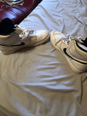 lowest price 18672 c78f0 Jordan 1 s (size 12) white and black for Sale in Chicago, IL
