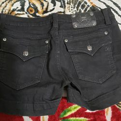 Women's Miss Me Shorts Size 30. $35. Pickup In Oakdale  Thumbnail