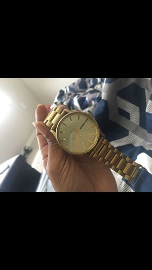 Nixon gold watch✨ for Sale in Tampa, FL