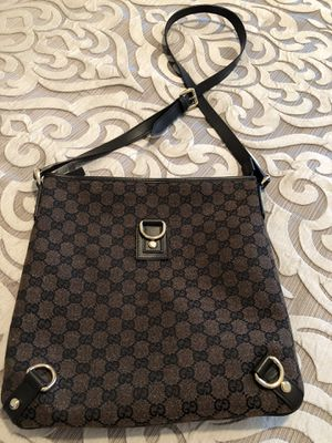 79f500283 New and Used Gucci bag for Sale in Orange Park, FL - OfferUp
