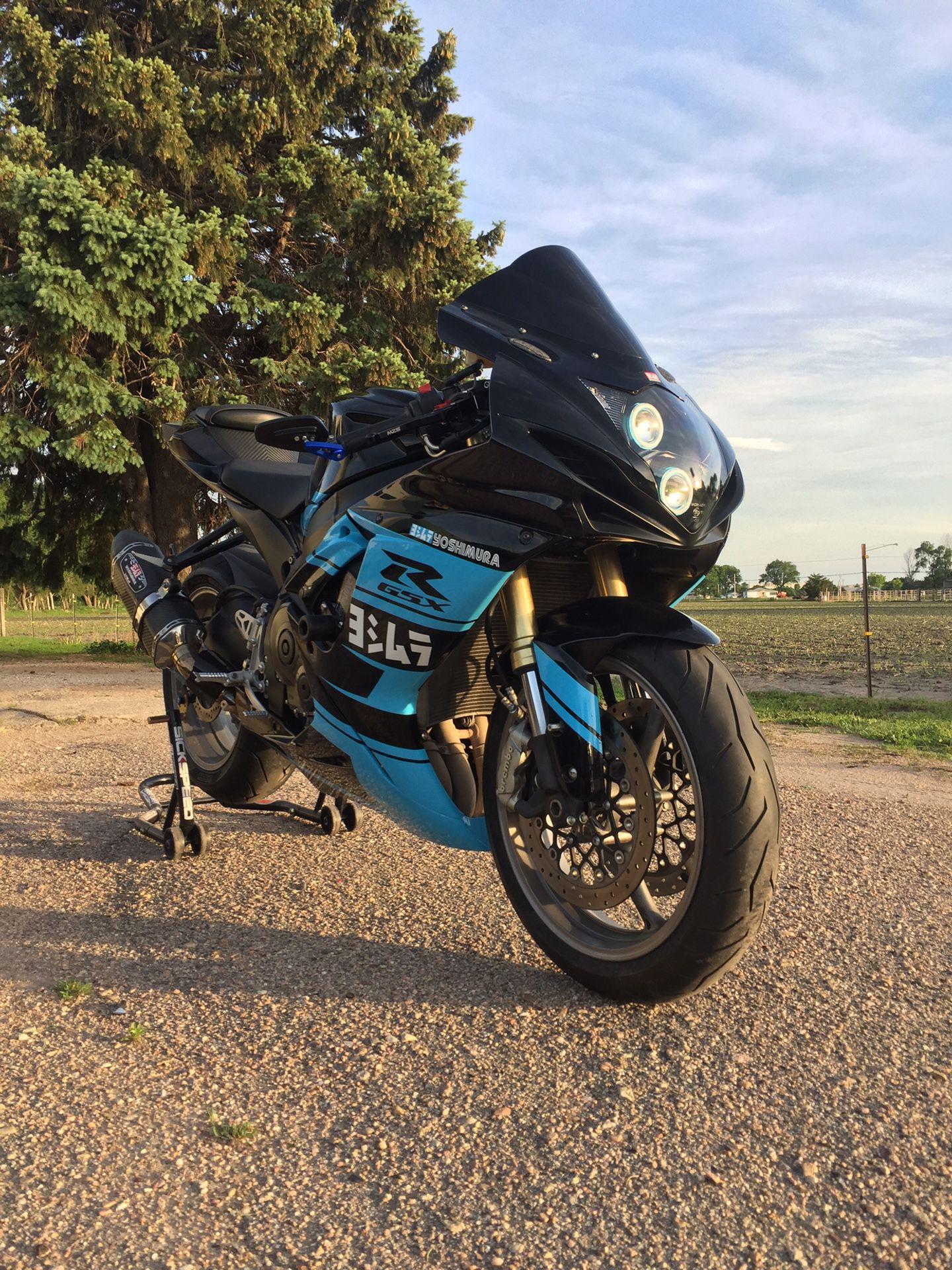 Photo 2011 Suzuki GSXR 750
