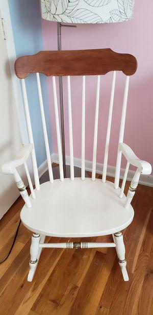 Rocking Chair for Sale in Lake Ridge, VA