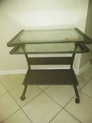 Computer desk for Sale in Kissimmee, FL