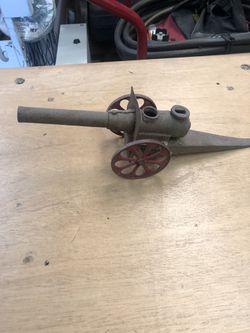 Antique cannon Thumbnail
