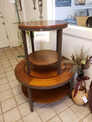 Coffee table and end table for Sale in Palmyra, VA