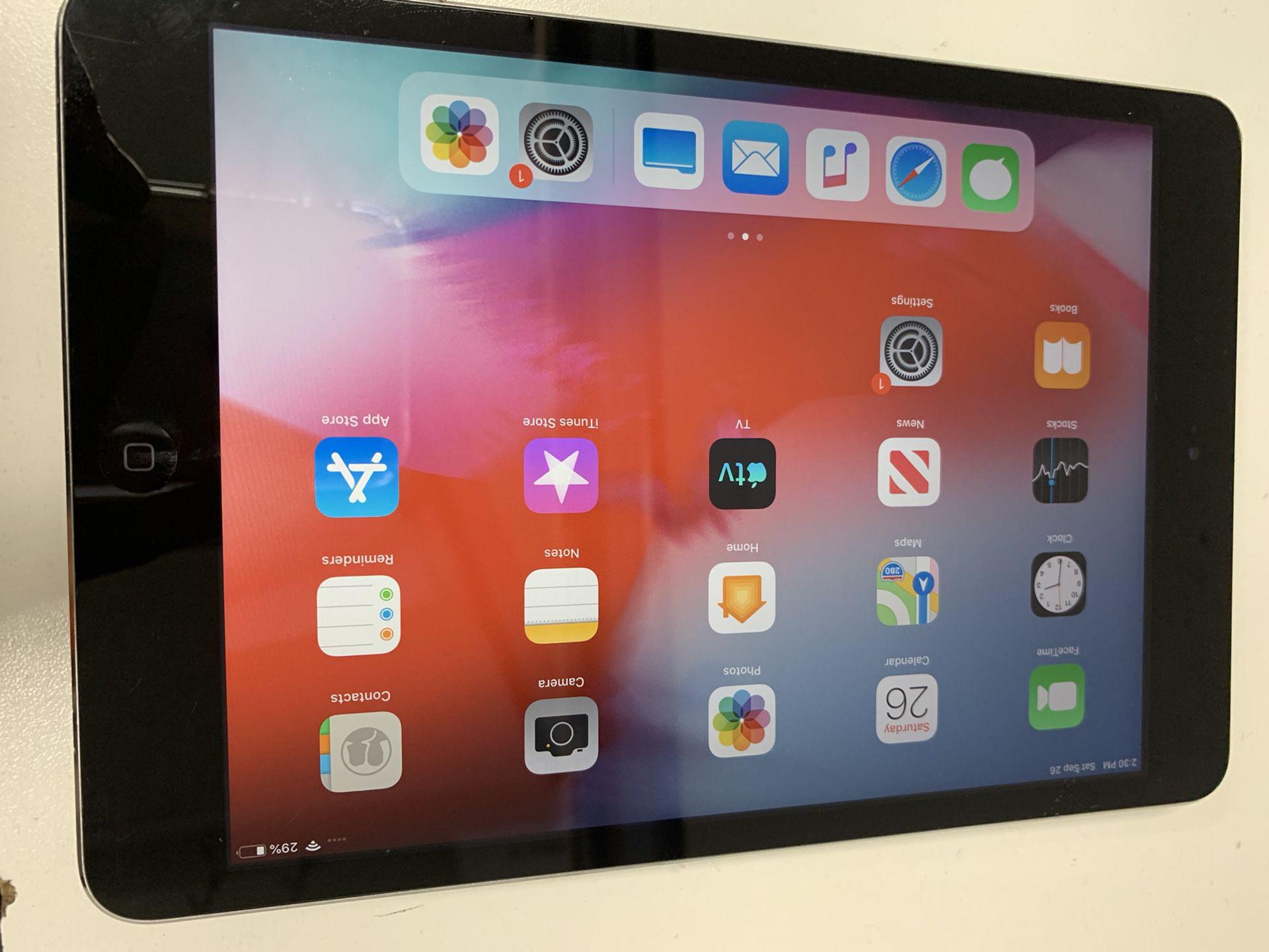 iPad mini 2 $175