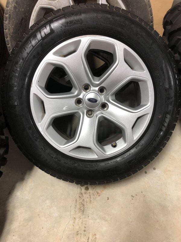 Set Of Stock Ford Edge Tires