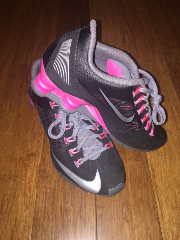 first rate 26c70 4adf3 Nike Shox R4 Superfly Womens Running Shoes Sz7.5 for Sale in Newport News,  VA - OfferUp