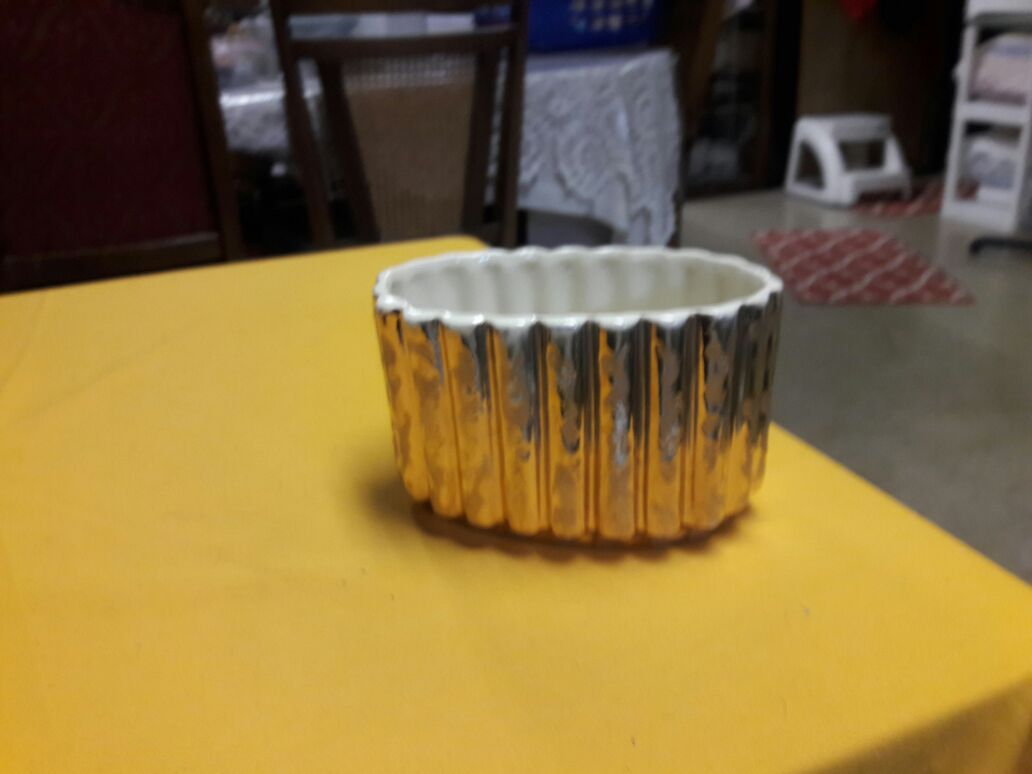 24 k gold container made in usa