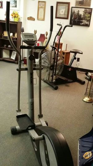 Sportek Ee 220 Deluxe Magnetic Elliptical 35 Works Great For Sale In Dayton Oh Offerup Contact precor today for more information. sportek ee 220 deluxe magnetic