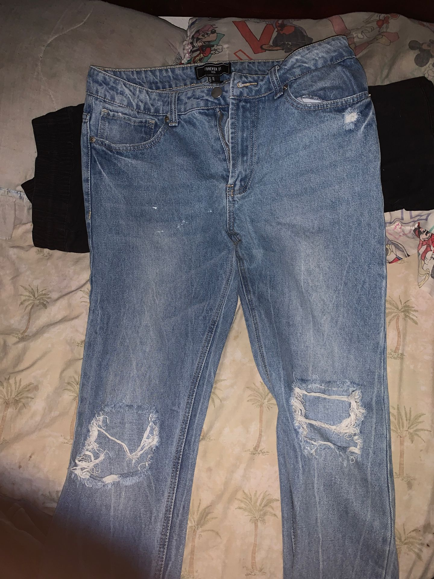 3 pairs of jeans for 80$