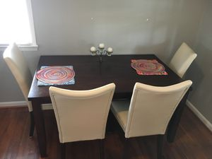 We are moving and need to find a new home for this furniture fast!! for Sale in Alexandria, VA