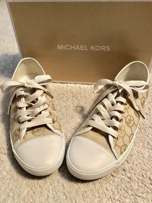 Michael kors shoes size 9 1 2M for Sale in Joliet 228e5af774830