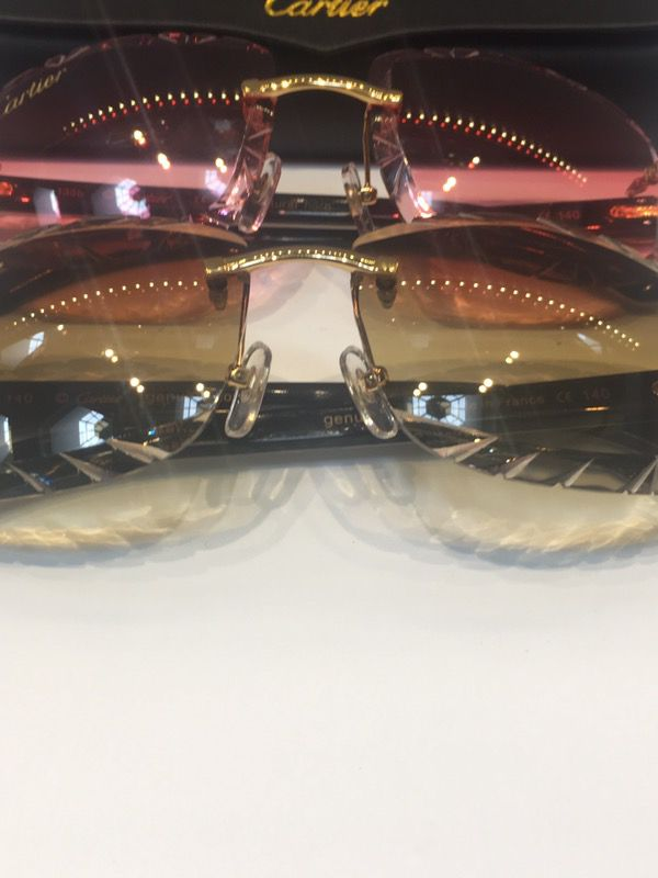 88d77364c9 White Buffs Diamond Cut Cartier Glasses for Sale in Detroit