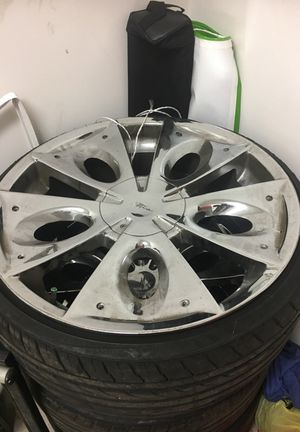 "22"" rims for Sale in Austin, TX"