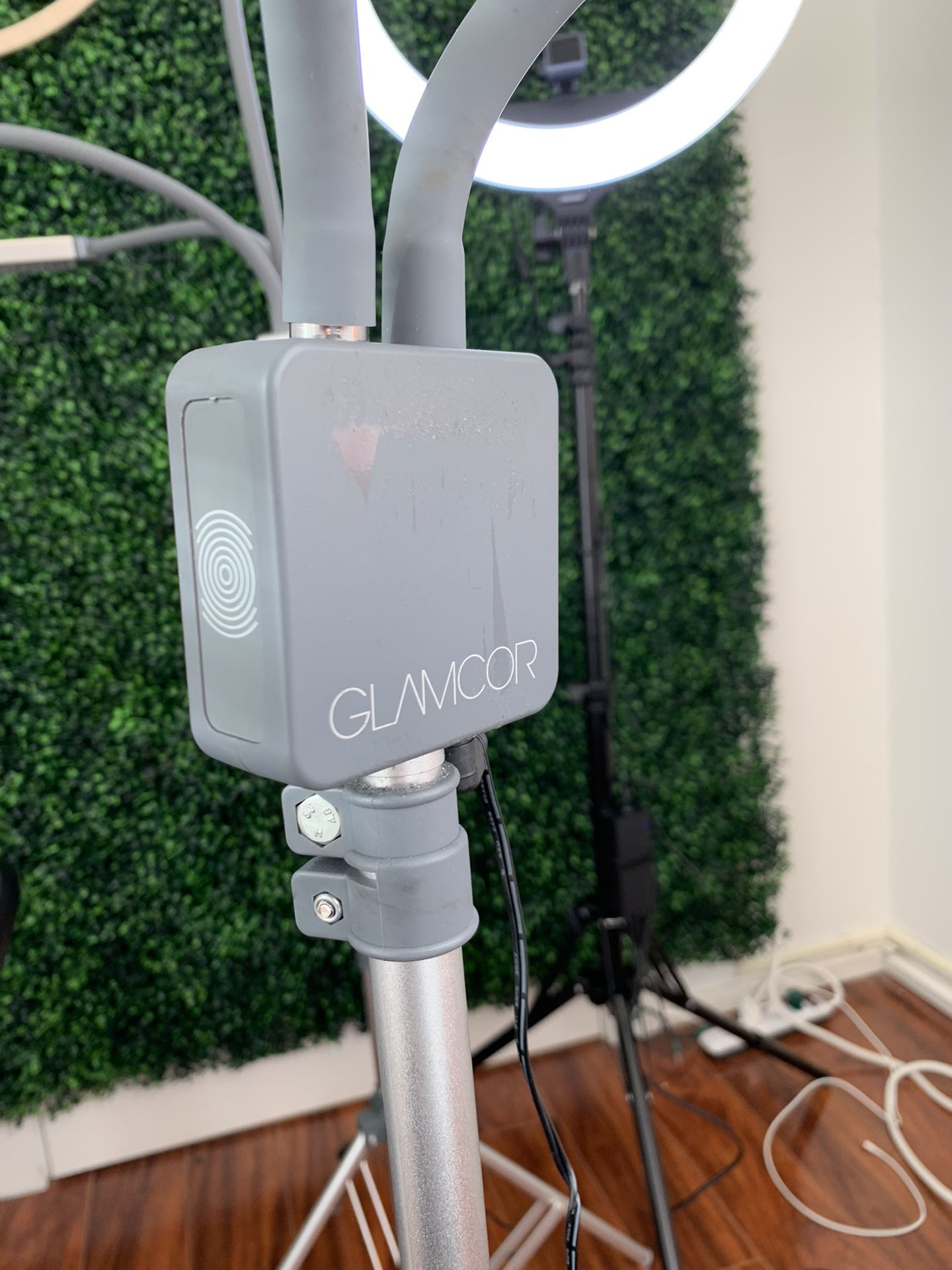 Glamcor Light Reg $245 + Tax