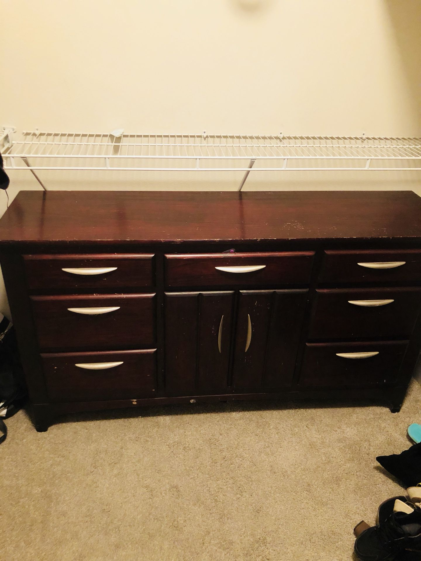REAL WOOD DRESSER SET FOR SALE SERIOUS INQUIRIES ONLY
