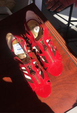 Michael Kors women's heels (8.5) Thumbnail