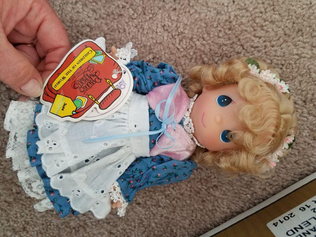 37 Children around the world dolls