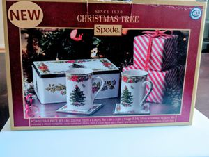 NEW Spode Christmas Tree Poinsettia Ceramic 5-piece Gift Set Holiday Favorites for Sale in Annandale, VA