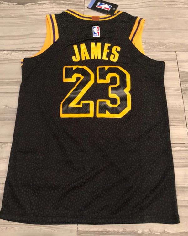 d572c2678475 NWT  23 Lebron James Los Angeles Lakers Jerseys - Large
