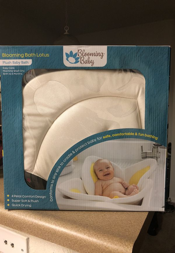 Blooming Baby Bath Lotus for Sale in Chula Vista, CA - OfferUp