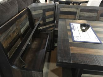 Breakfast Nook - ONLY $1239 Thumbnail