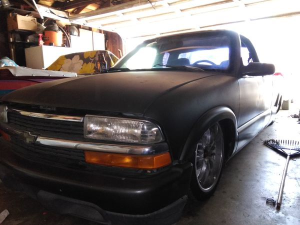 98 CHEVY S10 for Sale in Fresno, CA - OfferUp