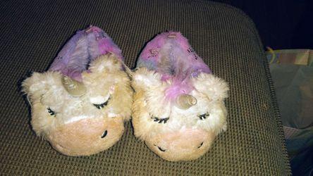 Little girl slippers Thumbnail