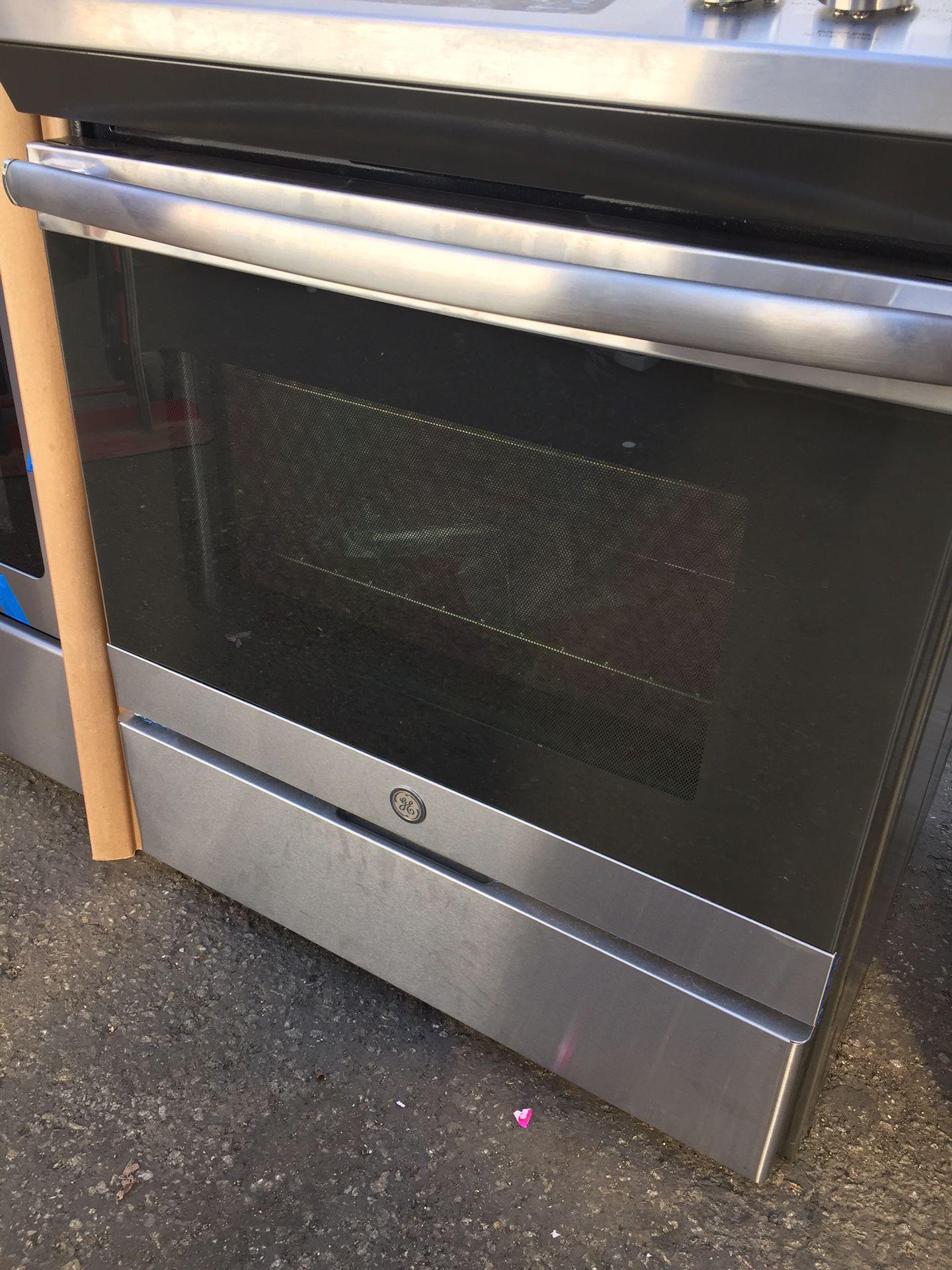 GE Stove 5 burner mint Condition