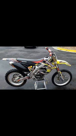 Rmz-450 Suzuki dirt bike for Sale in Sterling, VA