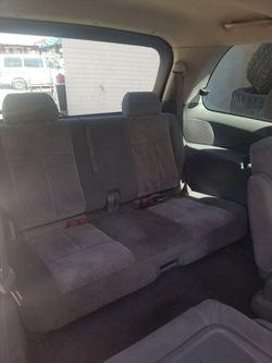 2004 Mazda MPV Thumbnail