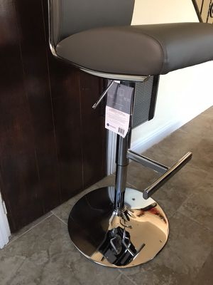 Sensational Brand New Whalen Regent Model Gray Leather Barstools Beatyapartments Chair Design Images Beatyapartmentscom