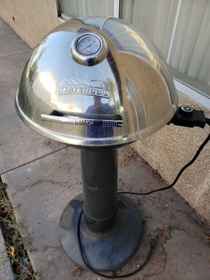 Master Built Electronic BBQ Grill for Sale in Moreno Valley, CA