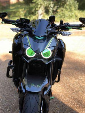 Photo 2017 Kawasaki z900 like new $6000 firm & 2008 ninja zx10r $4000 firm cash or trade