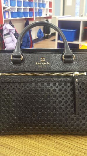 Kate Spade / wallet for Sale in Annandale, VA