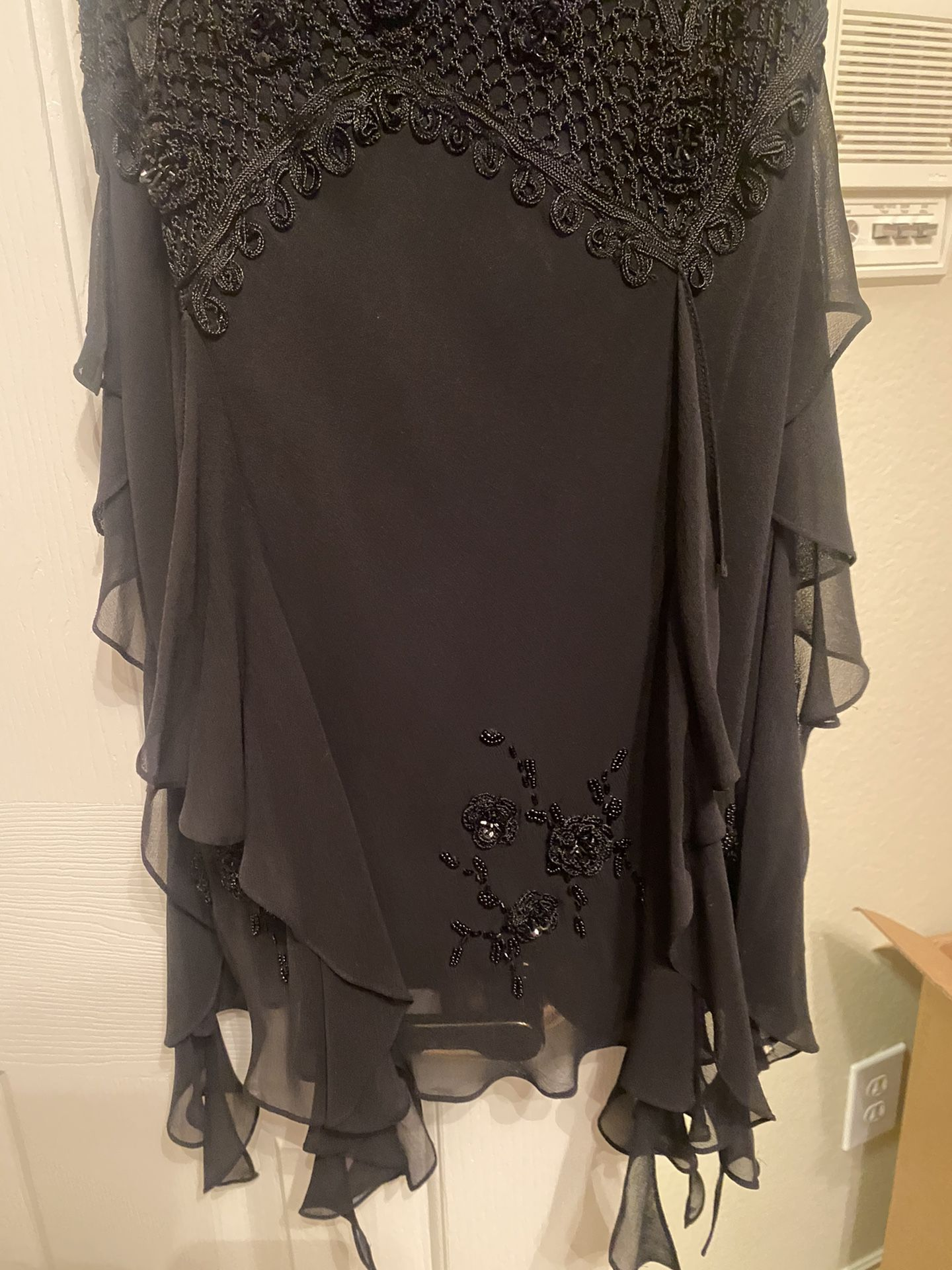 Absolutely Stunning Sue Wong Silk Mid Length Black Gown