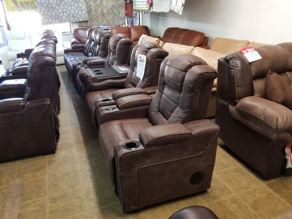 Groovy Eric Church Highway To Home Renegade Brown Power Plus Sofas Uwap Interior Chair Design Uwaporg