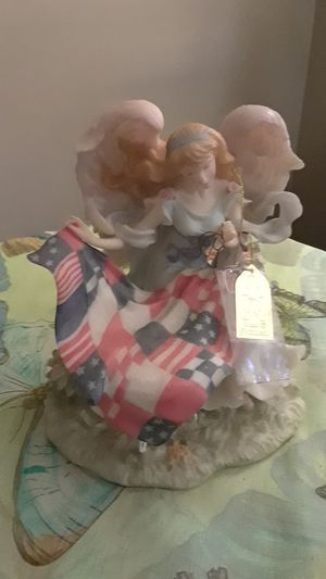 "Seraphin Classics ""Jennifer American Heart"". for Sale in Frederick, MD"