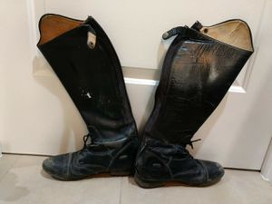 Leather Show Boots Size 9 for Sale in Los Angeles, CA