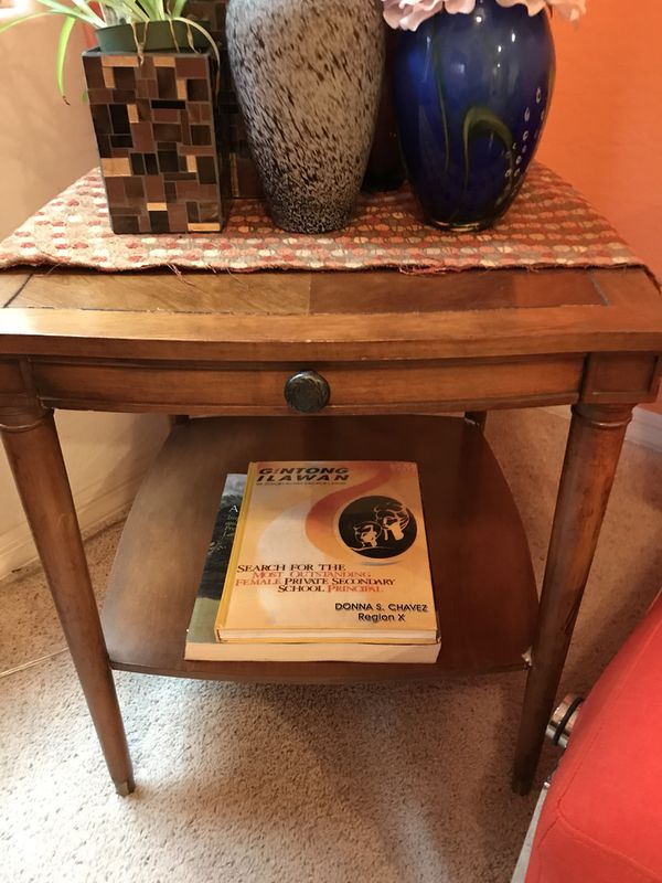 vintage side table Furniture in Glendale AZ OfferUp
