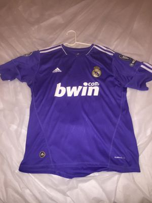 CRISTIANO RONALDO SIGNED REAL MADRID #7 JERSEY BWIN ADIDAS CHAMPIONS LEAGUE UEFA RESPECT. SIGNED BY NEYMAR, THIAGO SILVA, HULK, MARCELO, and more! for Sale in Derwood, MD
