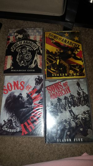 Sons of Anarchy 4 disc missing between the 4 for Sale in Chapel Hill, NC