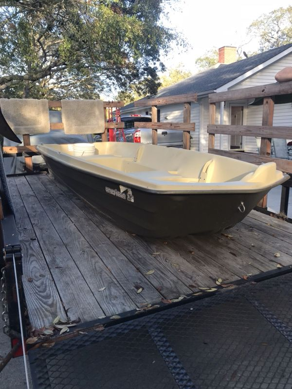 Sun Dolphin 12 ft  Jon Boat for Sale in Myrtle Beach, SC - OfferUp